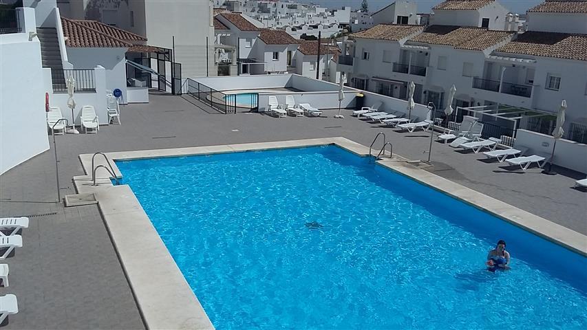 la noria pool (4) (Small)