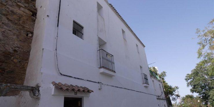 Casa Cozar